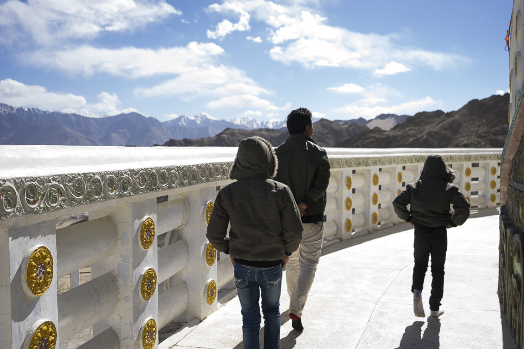 "<span class=""BlurbLeh""><i class=""fa fa-camera""></i></span><br />Leh (Ladakh)"
